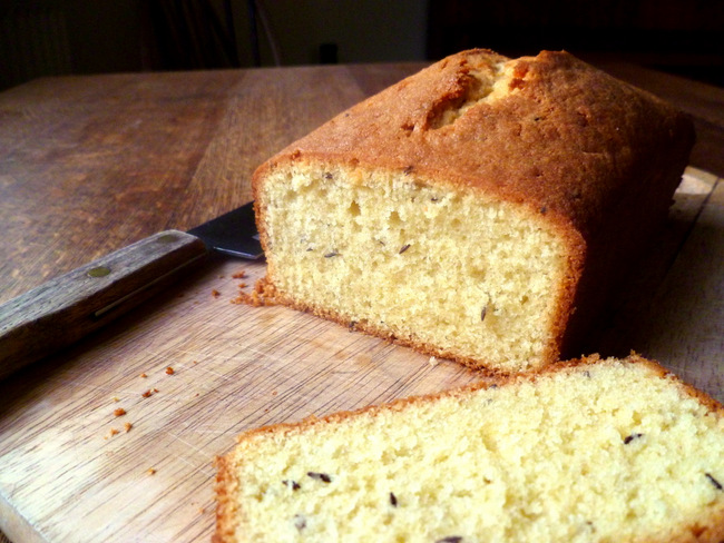 Old Fashioned English Seed Cake