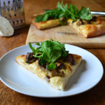 Mushroom and Garlic White Pizza