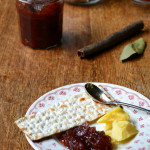 Apple and Cinnamon Chutney