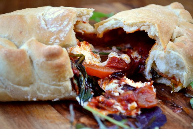 goats-cheese-calzone