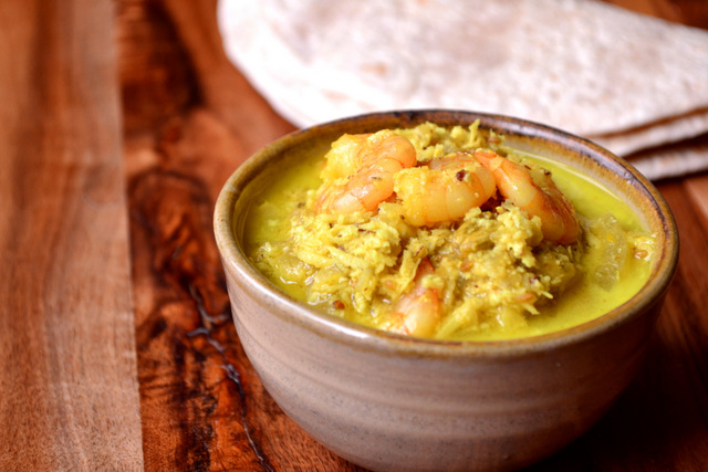 Fresh coconut and prawn curry